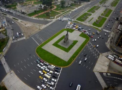 Plaza Grau