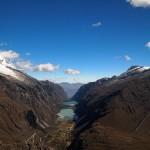 La Quebrada de Llanganuco y sus dos lagunas