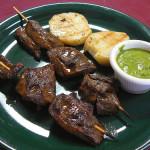Anticuchos, popular comida peruana