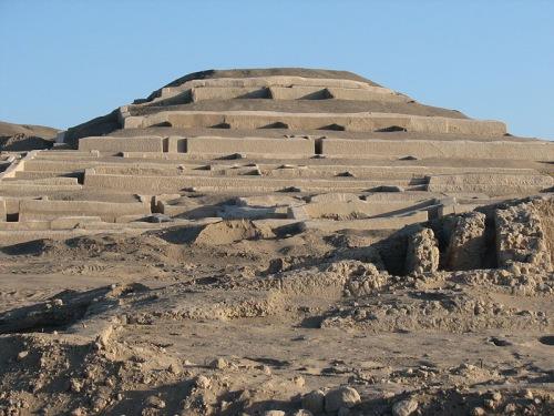 Gran Piramide en Cahuachi