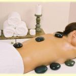 El masaje peruano de piedras calientes