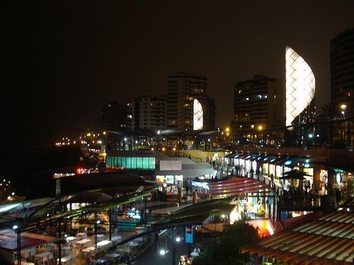 Noche en Lima