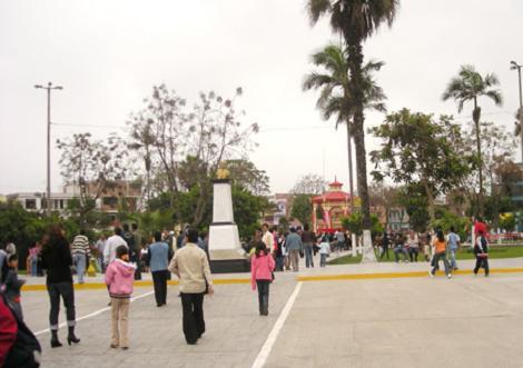 plaza-de-armas-chancay