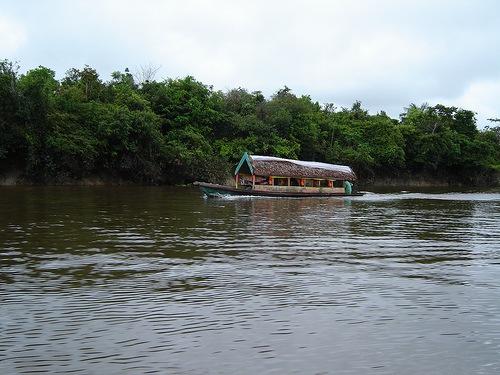 Bote en Iquitos