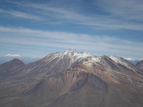 Volcan Chachani visto desde el Misti
